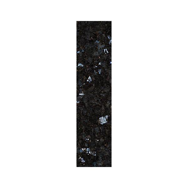Stavflis i sort norsk naturstein med blå og sølv feltspatkrystaller