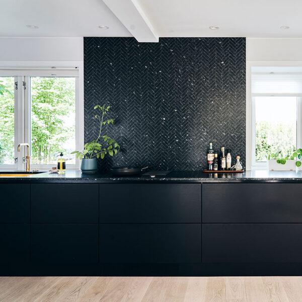 Lundhs-Emerald-kitchen-worktop6-fiskebein-mini-2mm thumbnail